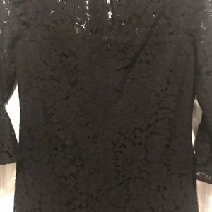 ANN TAYLOR BELL SLEEVE Black LACE DRESS -Petite 00